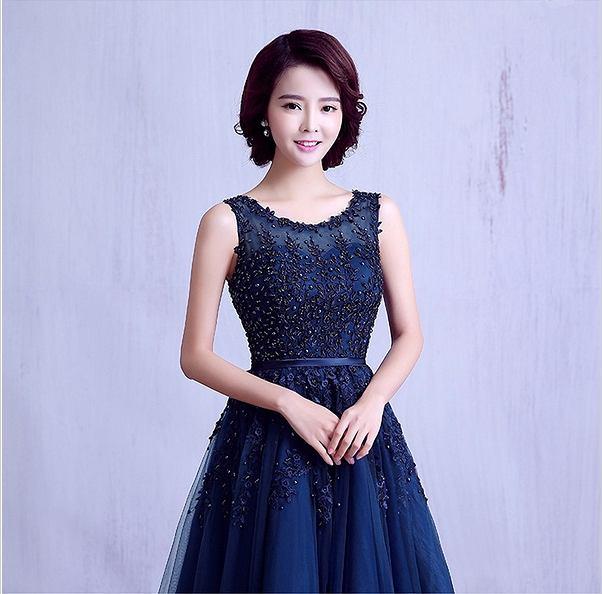 Sukienki studniówkowe z Aliexpress: ok. 250 zł, sprzedawca Suzhou Babyonline Dress Store /aliexpress.com