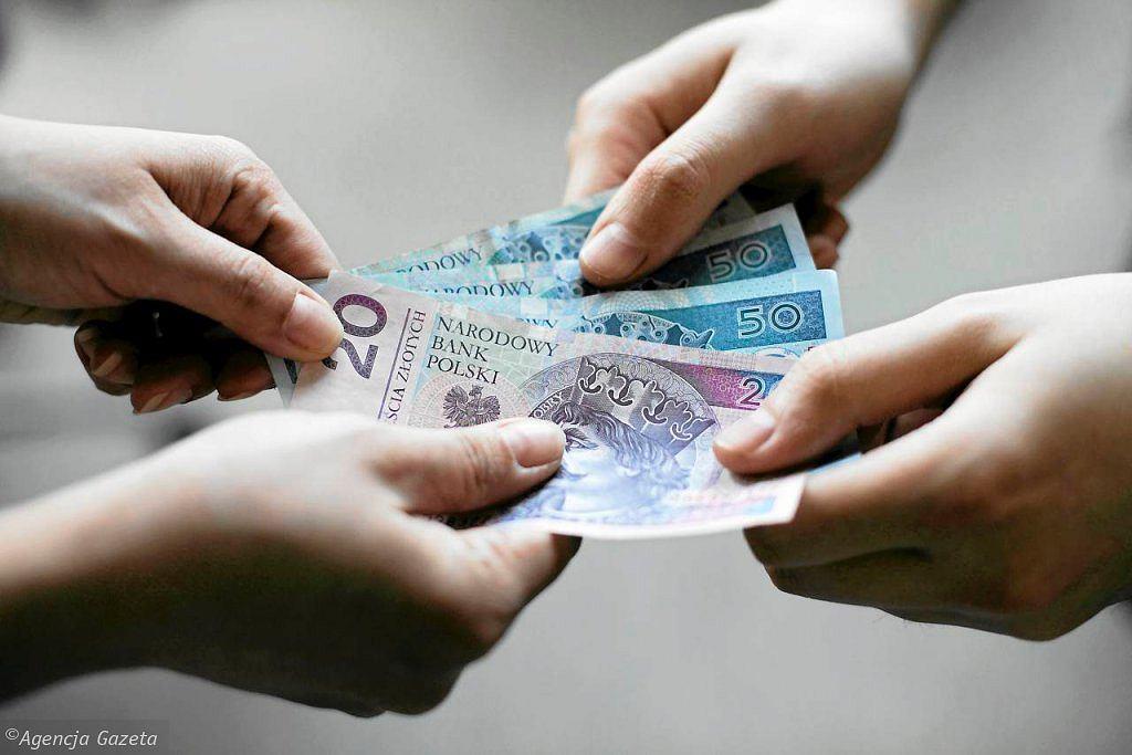 Płaca, pieniądze (zdjęcie ilustracyjne)
