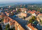 Jesienny weekend w Polsce. 10 miejsc na udany wyjazd. Jest m.in. stolica, o której się nie mówi i światowy unikat