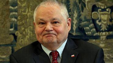 Prezes NBP Adam Glapiński podczas posiedzenia Sejmowej Komisji Finansów Publicznych. Warszawa, 20 maja 2016