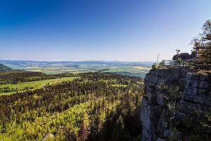 Góry Stołowe - najwyższe szczyty, atrakcje i szlaki. Jak dojechać na miejsce?