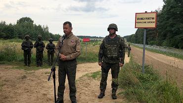 Mariusz Błaszczak na granicy polsko-białoruskiej