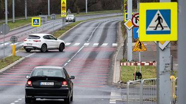 Nowe znaki w Polsce - D-23c i D-23b. Kierowcy będą ich wypatrywać z utęsknieniem