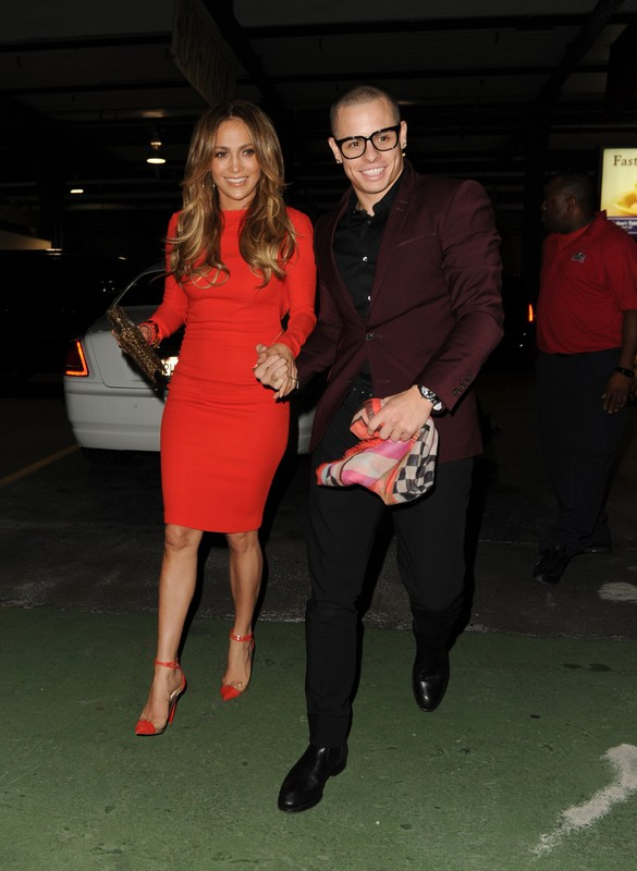 Jennifer Lopez and Casper Smart arrive at Jennifer's birthday party on a boat at Chelsea Piers.    Pictured: Jennifer Lopez and Casper Smart