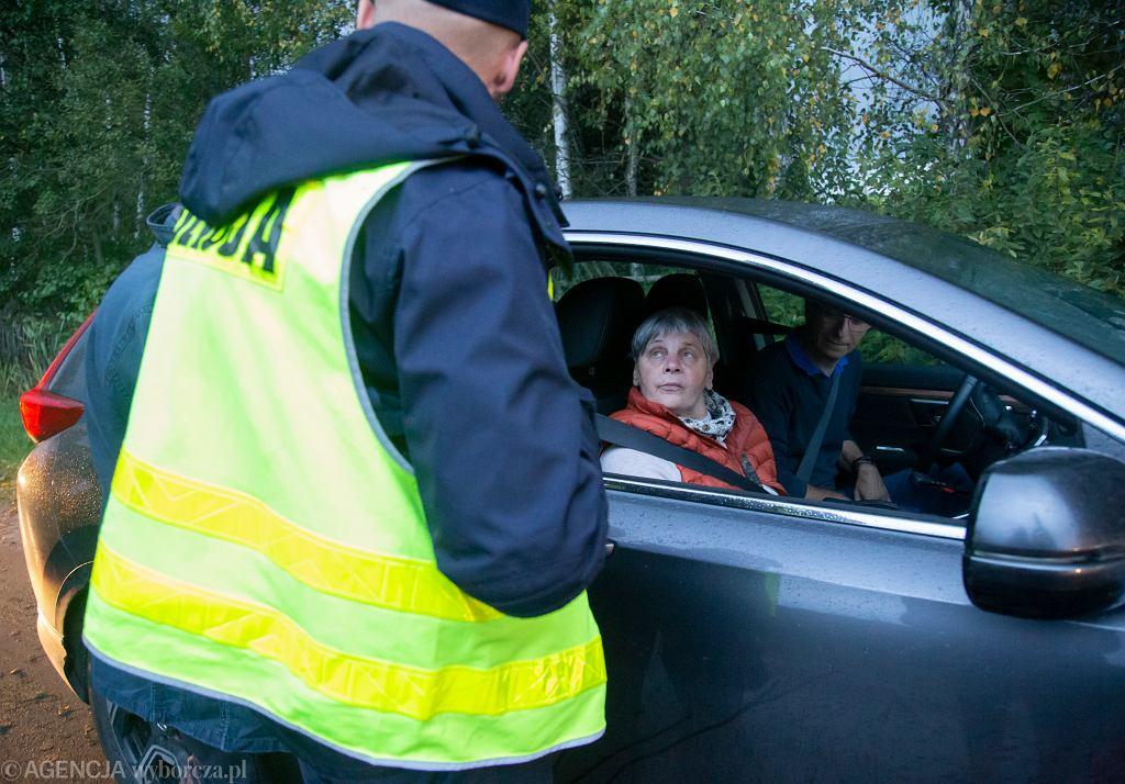 Janina Ochojska spotyka się z aktywistami z Grupy Granica i jedzie w strefę stanu wyjątkowego