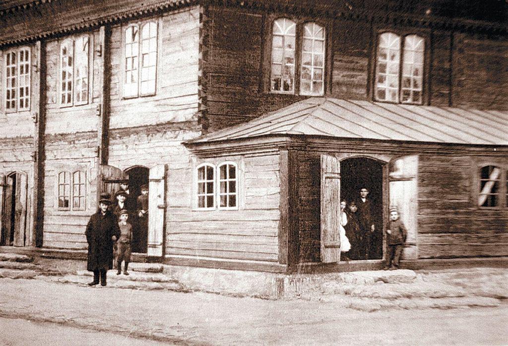 Drewniana synagoga w Jedwabnem, ok. 1913 r.