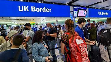 Od 1 października wjazd do Wielkiej Brytanii tylko z paszportem