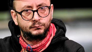 Oskarżany o molestowanie i mobbing Passini przeprasza i zawiesza pracę w teatrze
