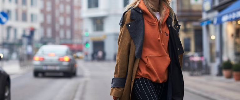 Te modne bluzy zachwycają wygodą i komfortem! Te modele kupisz na dużej obniżce