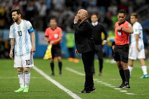 Mistrzostwa świata w piłce nożnej 2018. Eric Cantona kpi z  trenera Argentyny