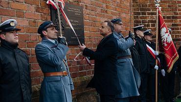 Andrzej Duda w Pucku. Odsłonięcie tablicy pamiątkowej