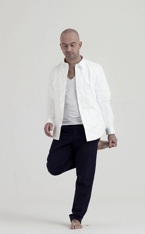 Zdjęcie numer 2 w galerii - Polska moda: ubrania z (prawie) papieru
