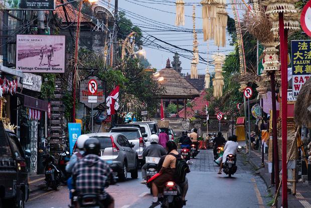 """Bali przygotowuje się do otwarcia dla turystów. Powstaną """"zielone strefy"""" wolne od koronawirusa"""