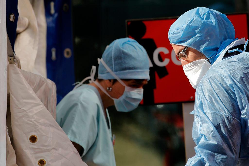 Koronawirus. Największa dobowa liczba zgonów we Francji