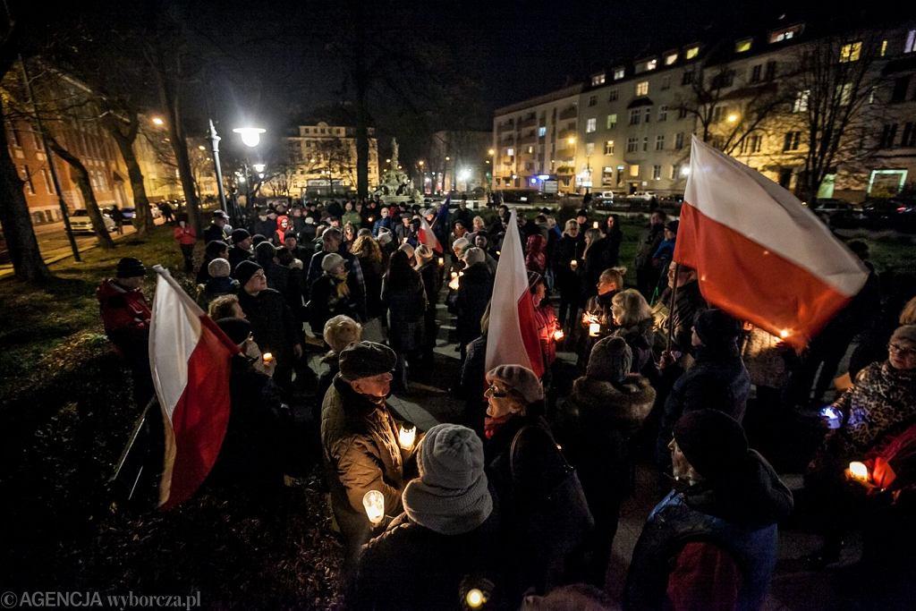 Demonstracje w obronie wolnych sądów