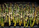 Jak przyrządzić szparagi? Z czym je podawać?