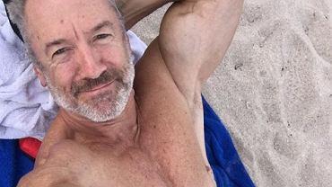 Clayton chętnie chwali się zdjęciami swojego ciała na Instagramie.