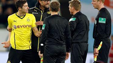 Robert Lewandowski wściekły na sędziego w meczu z Wolfsburgiem