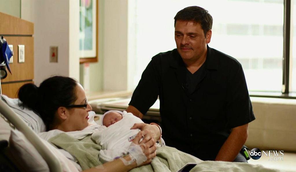 Stephanie Tallent i Jasona Nece z córeczką