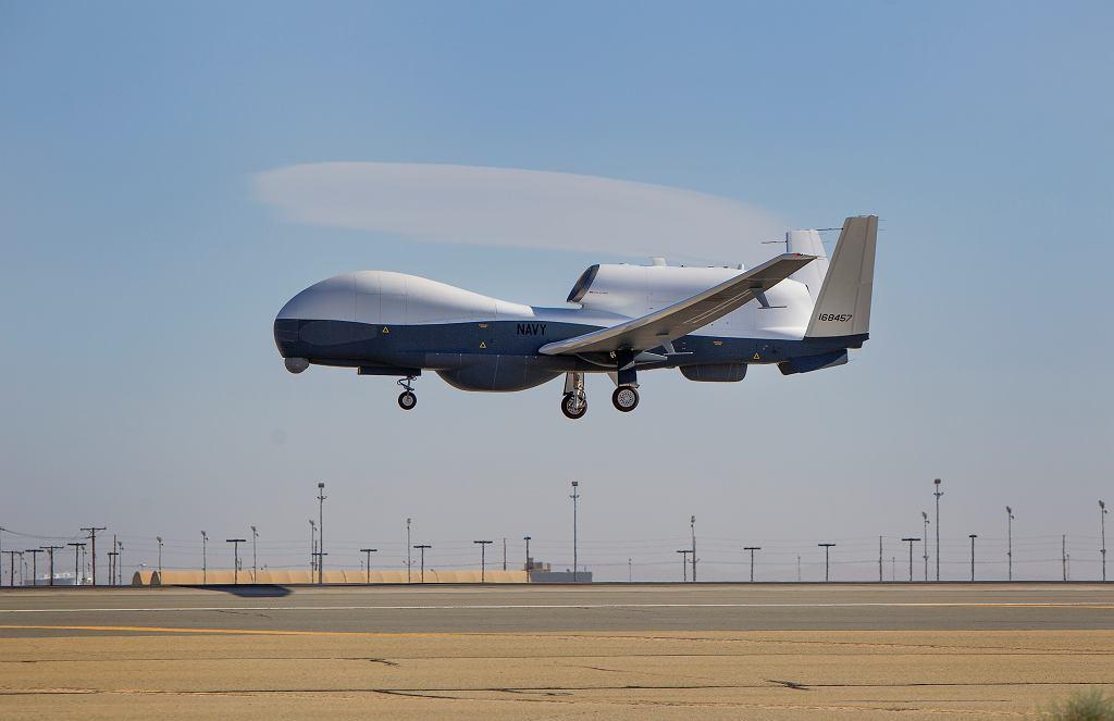 Bezzałogowy samolot MQ-4C Triton