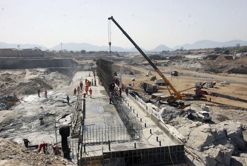 Budowa elektrowni wodnej na Nilu Błękitnym