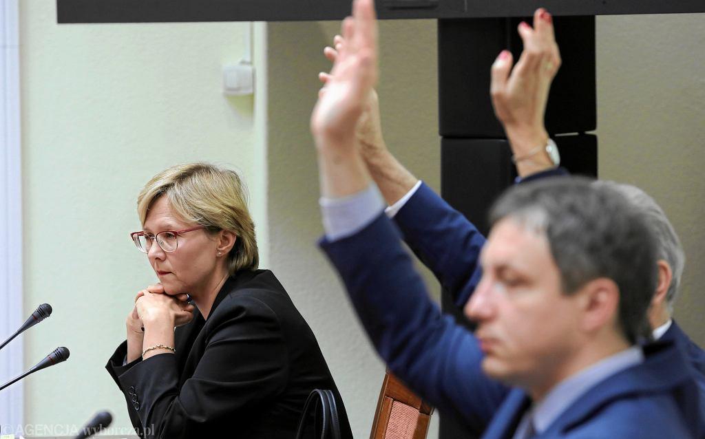 Kandydatka na stanowisko rzecznika praw dziecka Agnieszka Maria Dudzinska przepadła w głosowaniu w Sejmie