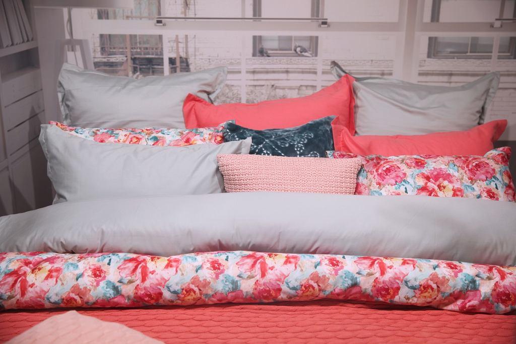Kapa na łóżko