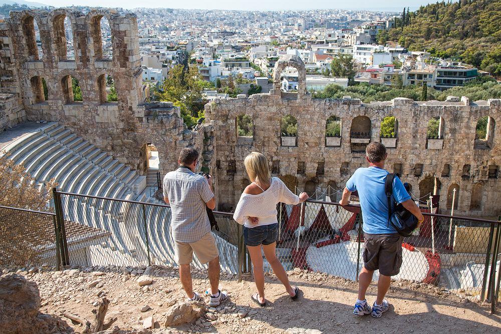 Hotelarze w Grecji apelują o obowiązkowe testy dla turystów