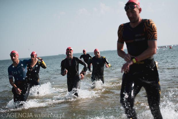 Zdjęcie numer 2 w galerii - Brytyjczyk James Teagle i Holenderka Sarissa De Vries najlepsi w triathlonowym Lotto Challenge Gdańsk 2021 [ZDJĘCIA]