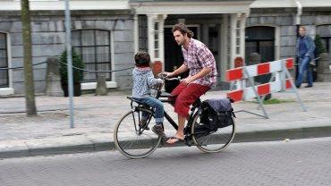Do szkoły odwieź dziecko na rowerze