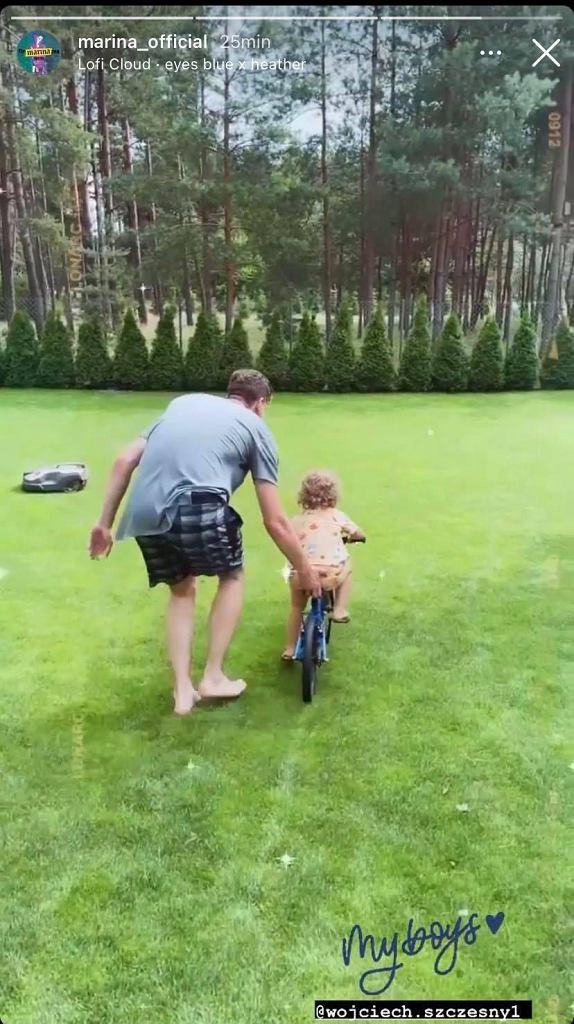 Liam Szczęsny uczy się jeździć na rowerze