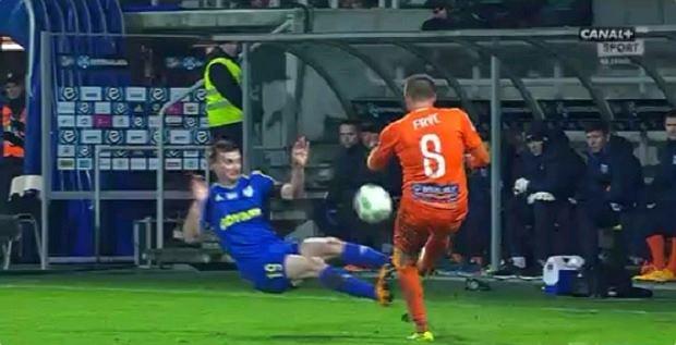 Brutalny atak Miroslava Bozoka