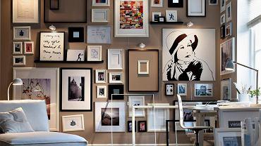 Czego tu nie ma?! Plakaty, zdjęcia, obrazy... Skomponowanie różnych form i kształtów na jednej przestrzeni to nie lada wyzwanie. Tu się udało!