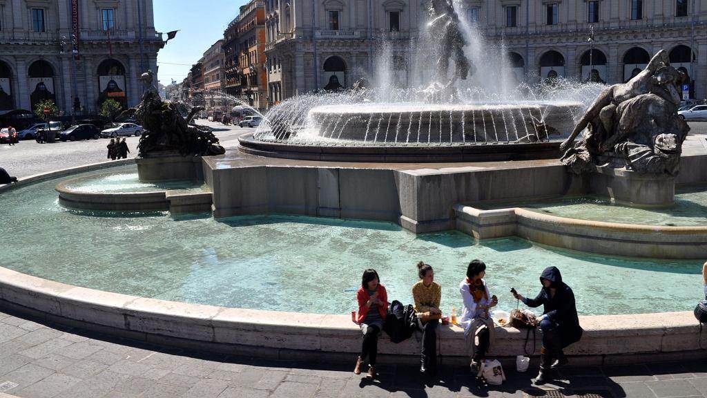 Rzym wprowadza surowe zakazy i ograniczenia dla turystów