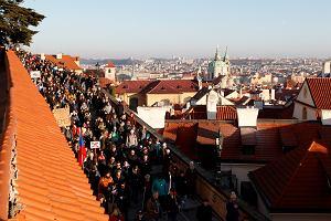 Czeski Trump premier Andrej Babisz nigdy nie zrezygnuje. Tysiące ludzi na manifestacji