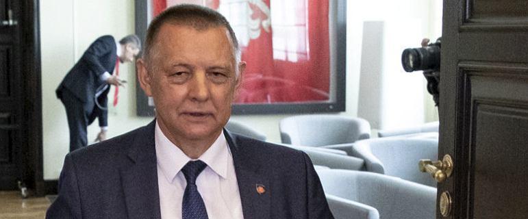 """PiS złamał umowę z Banasiem? """"Kaczyński obiecał mu parasol ochronny"""""""