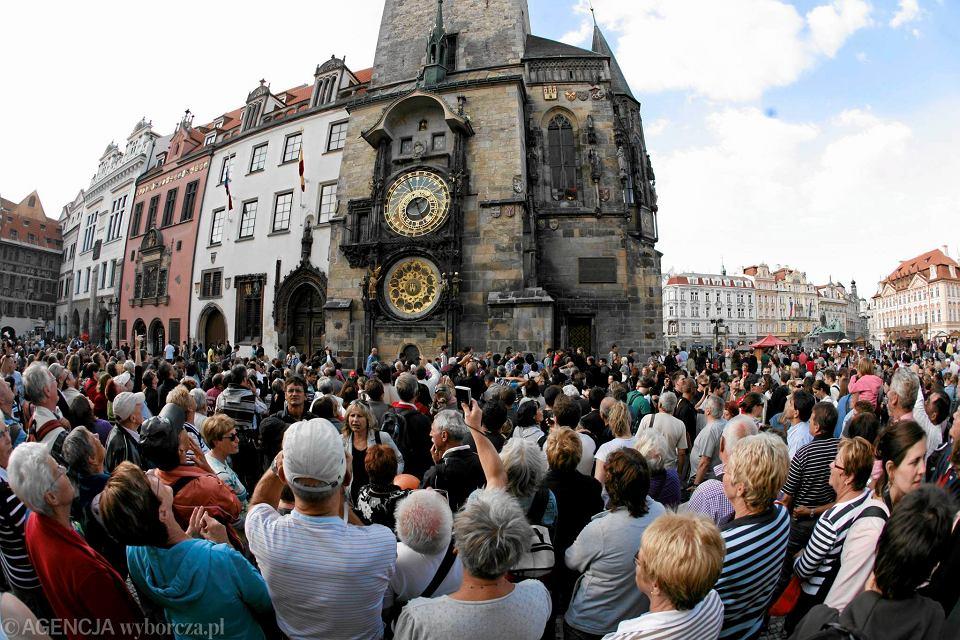 Pragę odwiedza co roku 200 tys. Duńczyków. W ubiegłym roku po licealistach z tego kraju zostało w Pradze takie samo wrażenie, jakie w Krakowie zostawiają Brytyjczycy świętujący u nas wieczory kawalerskie