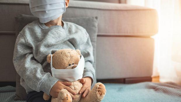 Koronawirus u dzieci. Dwa najważniejsze objawy, które odróżniają COVID-19 od grypy