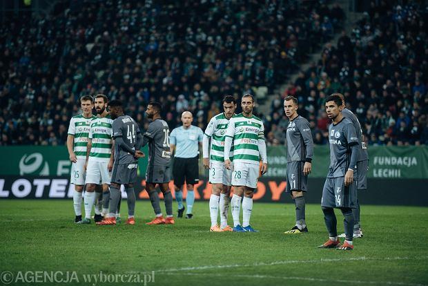 Zdjęcie numer 1 w galerii - Lechia Gdańsk - Legia Warszawa 0:0. Szamotanina o dominację