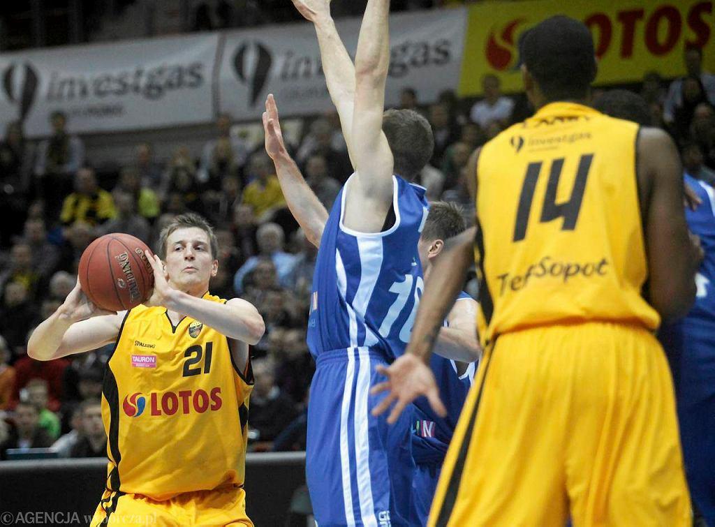 W rundzie zasadniczej Trefl Sopot wygrał u siebie z AZS Koszalin 80:57
