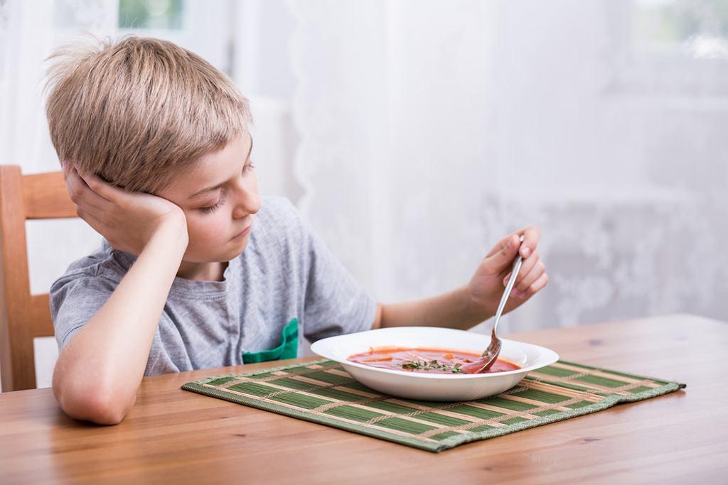 Pogorszenie i brak apetytu u dziecka może mieć różne przyczyny