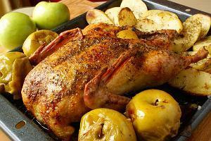 Kaczka z jabłkami - uroczysty drób idealny na święta [PRZEPIS]