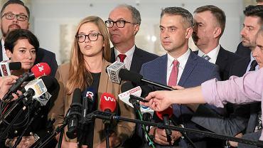Magdalena Biejat podczas konferencji Lewicy w Sejmie