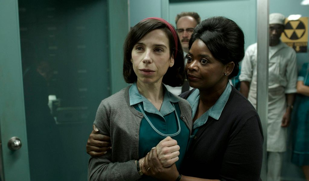 'Kształt wody' ('The Shape of Water'), reż. Guillermo Del Toro. W kadrze: Sally Hawkins i Octavia Spence