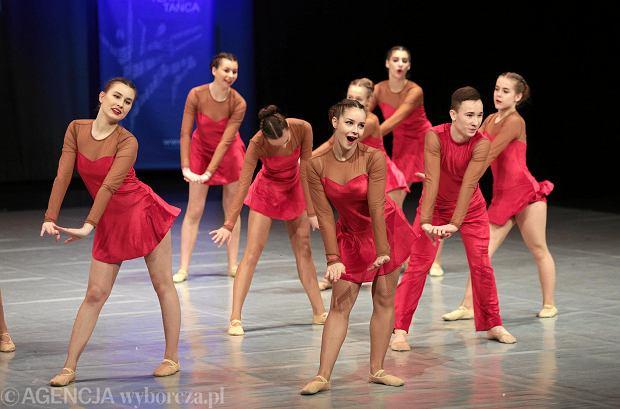 Zdjęcie numer 20 w galerii - Cheerleaderki rywalizują w Kielcach. Bo taniec nie jedną ma twarz [ZDJĘCIA]