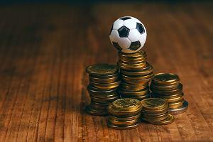 O'piłki Marciniaka: Ekonomia futbolu