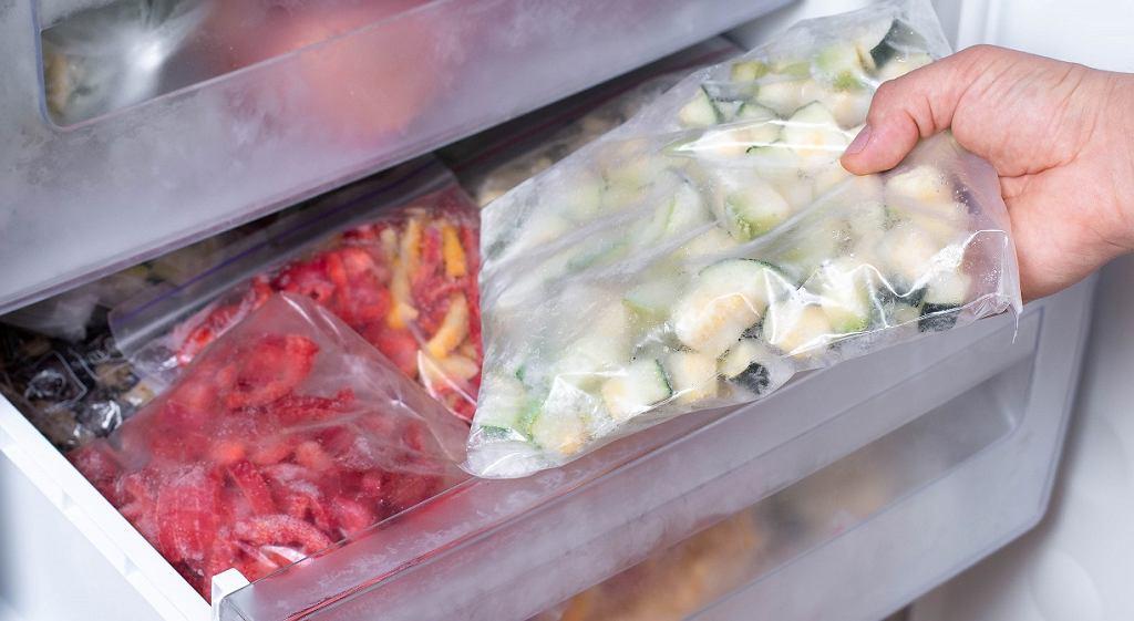 Jak prawidłowo mrozić owoce i warzywa?
