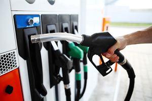 Ropa naftowa ostro drożeje. Ceny windują Rosja i OPEC