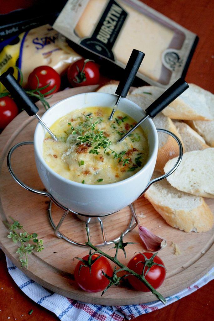 Fondue serowe z boczkiem i warzywami - przepis Sylwii Ładygi