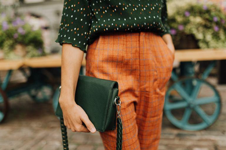 6709dd4e703d7 Eleganckie torebki damskie w niskiej cenie! Modele do ręki